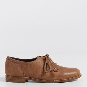 Maurices faux leather Oxford shoes.